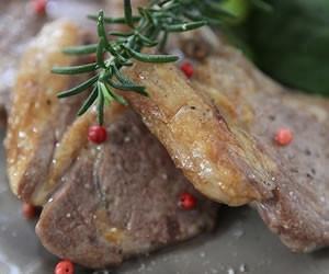 ラム肉を使った低糖質料理