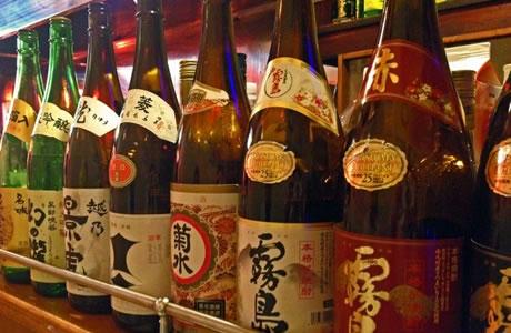 【糖質制限/お酒】おすすめの低糖質ダイエットのお酒と飲んではNGな高糖質のお酒「焼酎(いも・麦)、ウイスキー、ウォッカ、ワイン(赤・白)」