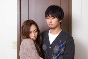 夫源病とは「大阪大学院医学系研究科・准教授、石蔵文信氏が命名した夫が原因で引き起こされるさまざまな心身の不調・症状のこと」