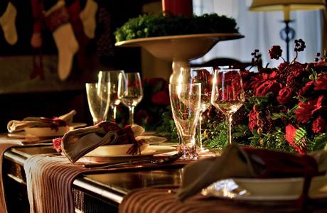 【20代/30代】彼氏・彼女のクリスマスプレゼント相場・平均予算!大学生・社会人の食事やデート、クリスマス全体の平均値段や相場は、いくらが妥当?