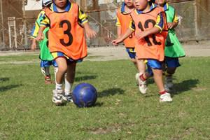 子供の運動神経を伸ばす方法