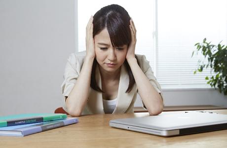 肩こり・首こりは頭痛の原因、頭痛解消ストレッチ