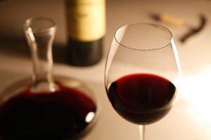 歯を汚す飲み物「赤ワイン」
