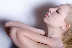 スマホ病、ストレートネックの症状と原因、治し方