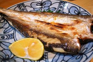 ビタミンDの多い料理・レシピ「サバの塩焼き」