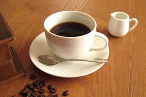 濃い味でカフェインたっぷりの「コーヒー」