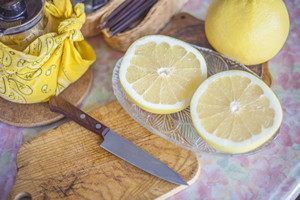 クエン酸を多く含む食べ物②「グレープフルーツ(1個4g)」