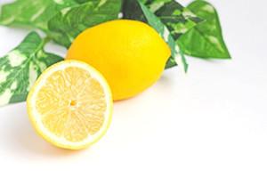 クエン酸を含むレモン水や石鹸で手洗い