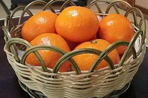 コタツで食べたいものランキングのトップは、断トツで蜜柑
