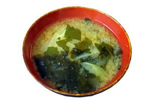 キャベツの次は、お味噌汁!生野菜の次は、温野菜がなければ、汁物