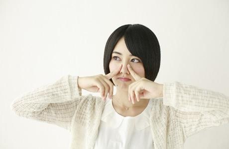 鼻毛を抜いてはダメな理由「鼻毛の脱毛は風邪や炎症の原因」