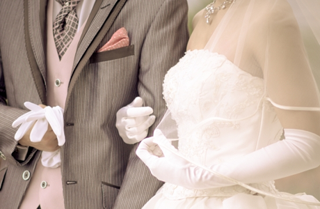 【結婚式/ご祝儀】親族・親戚のご祝儀相場&お祝い金の平均金額「今時の結婚式&披露宴、年齢や年代、地域別の平均ご祝儀の相場」失敗しない!恥をかかないご祝儀の値段です!
