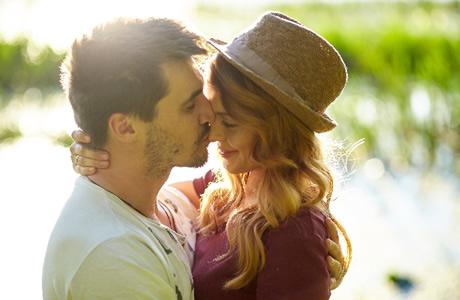 【男性がキスしたくなる瞬間】彼氏・男子がキュンとするキスの仕方!ドキドキ&胸キュンしちゃう!モテる女子の勝負キス「恋愛心理学!男をメロメロに落とすキス・テクニック」