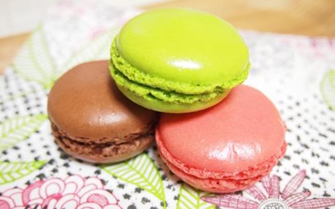 【ホワイトデー/バレンタインデー】お返しの意味は?クッキーやマカロン、キャンディ、マシュマロのお菓子をお返しのギフト・プレゼントには「好き、嫌い、友達」などの意味がある