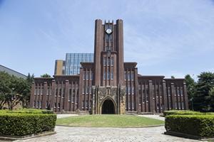 国立大学は日本国内に約80大学しか存在せず、1人暮らしをしている国立の大学生は約60%