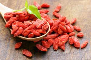 クコの実(ゴジベリー)の効果・効能「小さな赤い実にも関わらず、大きな健康効果を持つのが特徴」