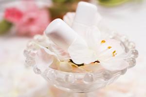 洗顔・クレンジング⇒化粧水で保湿、美容液