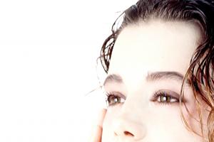 皮脂量の減少をカバーする保湿