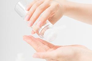 プチプラしてはいけない、化粧水(支持率55%)