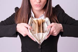 1回のデート負担額を、男性4,000円未満、女性3,000円未満にする