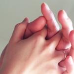 【手を繋ぐ方法/彼氏/彼女】付き合う前の男性心理と女性心理、手のつなぎ方!「彼氏&彼女の作り方、付き合う前のデートで手を繋ぐのは脈ありのサイン」