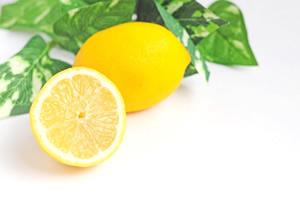 ソラニンを含むレモン