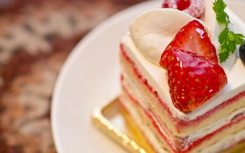 【老け顔女/肌】甘いモノが老ける原因!甘いものがやめられない&甘いものが食べたくなる「老化予防と対策は、砂糖から!コラーゲンの糖化防止」