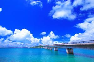 沖縄の梅雨入り時期、梅雨明けの予報と予想・予測情報2016年