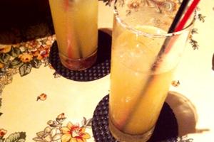注意したいカクテル④「ソルティドッグ。居酒屋グラス1杯で、糖質10g、145カロリー」