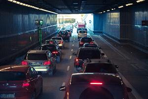 2016年、GW(ゴールデンウィーク期間)の車、高速道路、新幹線の渋滞&混雑予想!!