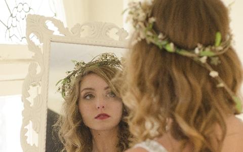 結婚式&パーティー用の可愛い&綺麗なヘアアレンジ特集