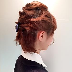 くるりんぱのヘアアレンジ②「ハーフアップのくるりんぱ-ショートカット&ショートボブ編-」