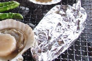 アウトドア手作り料理5位「ホイル焼き、支持率45%」