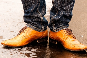 フランス製、イタリア製の靴(ブーツ、スニーカーなど)の場合