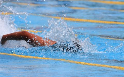 水泳のクロールの消費カロリー早見表