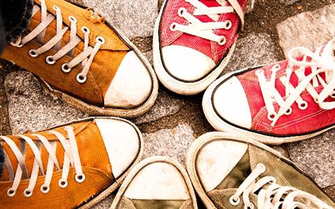 【靴/ガム/取る方法】簡単!靴底のガムの取り方&落とし方「ガム踏んじゃった時に、綺麗に靴底のガムを取る方法&取り方の特集」