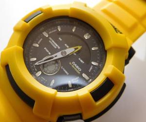 スポーティーな時計
