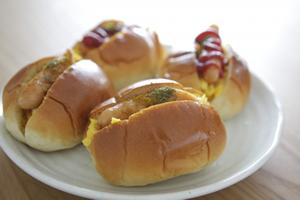 変わり種のロールパンに挟む具材、好きな中身、簡単・人気の朝食とお弁当レシピ