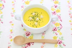 コーンポタージュ、スープ