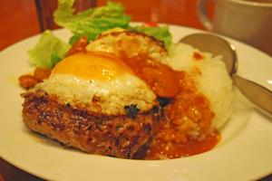 焼きカレー・ハンバーグ