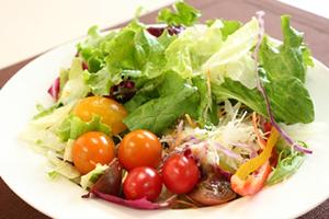 好きなサラダ・ランキング、人気レシピ、簡単サラダの作り方