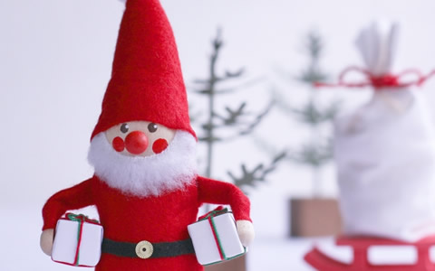 【女子会/クリスマス/プレゼント交換】女友達用のプレゼント平均予算、値段相場はいくら?「彼氏なし!?女達で集まるクリパのプレゼント交換のお値段を徹底解説」
