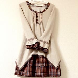 スカートにジャケット