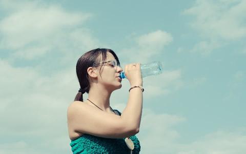 【新陳代謝/良い人/特徴】新陳代謝を上げる方法、肌のターンオーバーの促進と正常化「新陳代謝をアップさせるコツ!体温と適度な運動と汗、アンチエイジング対策と食生活が重要」