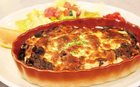 【グラタンの付け合わせ、おかず&献立】もう一品、グラタンに合う料理と副菜、人気・定番・簡単・おかずレシピは?「グラタン、基本の献立は、スープとサラダ。他に、もう1品のおかず特集」