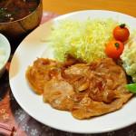 【生姜焼き/付け合わせ/献立】人気・定番・簡単!生姜焼きに合う料理と副菜、おかずレシピは?「基本の献立は、千切りキャベツと生野菜と味噌汁、ポテトサラダ」