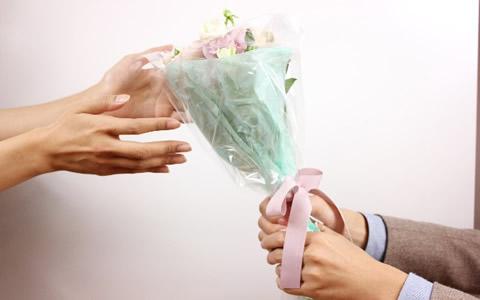 【デートに誘われる/方法】彼氏・彼女募集中に、LINEや直接会ってデートに誘われる恋愛テクニック「脈あり!土日や休日が暇!一緒に遊ぶ人がいない、行きたいけど一緒に行ってくれる人がいない宣言が、効果絶大!」