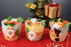 サンタさんのカップご飯