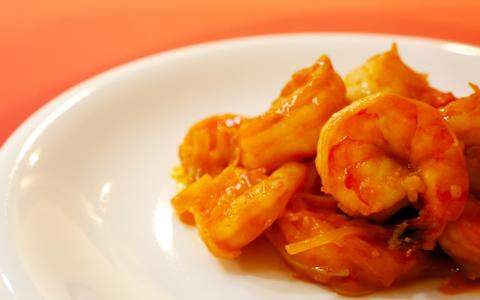 【エビチリに合う付け合わせ&献立】エビチリに、もう1品!人気・定番・簡単なエビチリに合う料理&おかずレシピ、副菜特集「エビチリに、もう1品!基本の中華スープ、卵スープに何を付け合わせる?」
