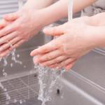 【手荒れ/手湿疹/治し方】水泡、かゆみ、指先の手荒れがひどい原因、皮膚科に行く前にデキる対策「基本は、ハンドクリーム!ハンドクリームを使ってもダメな人の為の手荒れ対策」